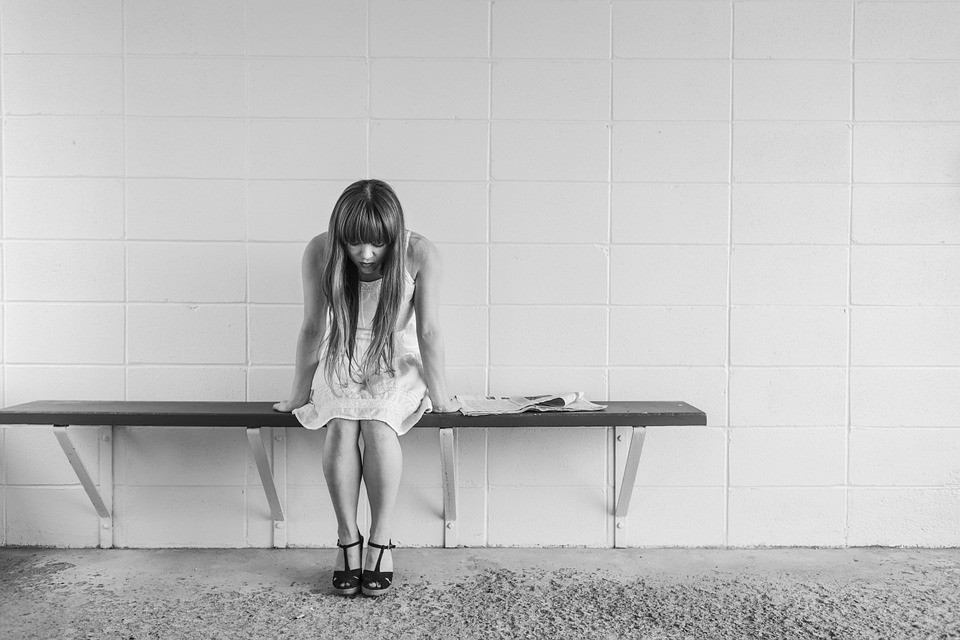 4 ASPECTOS QUE DEBES CONOCER SOBRE LA ALEXITIMIA O INCAPACIDAD PARA EXPRESAR LAS EMOCIONES PROPIAS